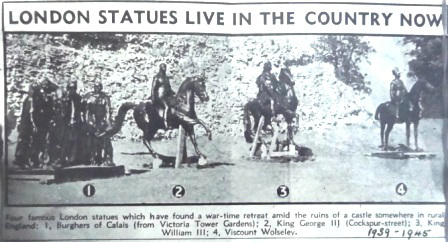 statues-in-castle-grounds_1939-1945