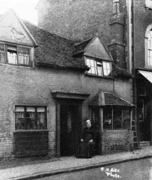 Halseys Cottage Castle Street_1890